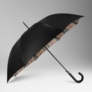 The Burberry Umbrella, a Must!