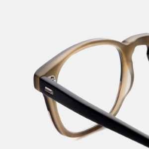 David Kind, Hand-Selected Eyewear Right to Your Door