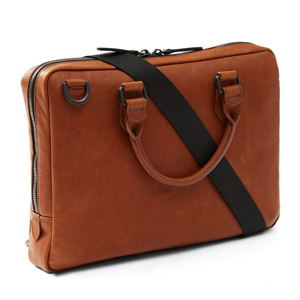 Mallette Leather Slim Brief marron, de Frank + Oak