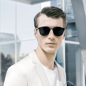 Master The Light, la dernière collection de lunettes Hugo Boss