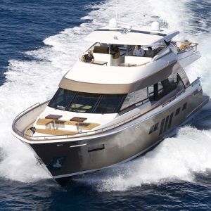 The Modern Lazzara Breeze 76