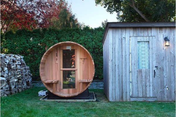 sauna toule en forme de baril baxtton. Black Bedroom Furniture Sets. Home Design Ideas