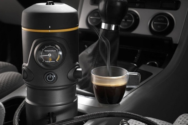 Portable Coffee Maker For The Car : Handpresso Auto, the Portable Espresso Machine for your Car Baxtton
