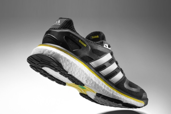 Running Shoes Soles Shoe is in Its Thick Sole