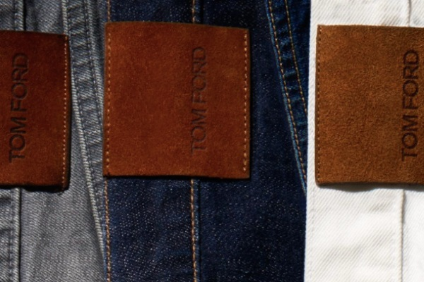 8f136b7d9d8d The back pockets feature the Tom Ford label