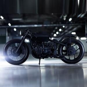 Moto Nero de Bandit9